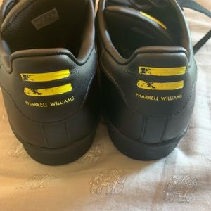 adidas Shoes - Pharrell Willams ADIDAS Superstars